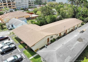 Hallandale,Florida 33009,Commercial Property,6 UNITS IN HALLANDALE,8th St,A10482902