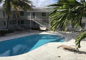 Miami Beach,Florida 33141,Commercial Property,Biarritz Dr,A10390980