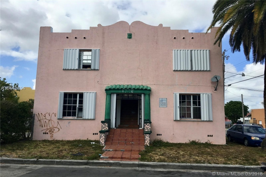 Miami,Florida 33125,Commercial Property,1st St,A10442854